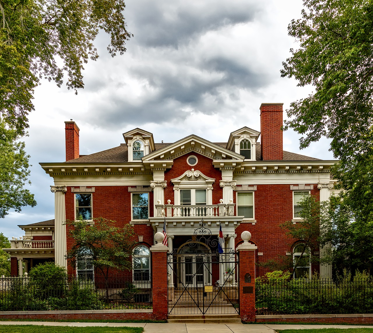 Historic Home Roof Repair In Denver And When To Replace